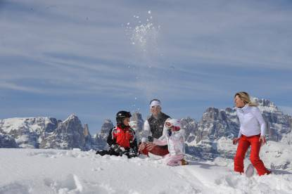 Paganella Ski_bambini_famiglia sulla neve_sci discesa_ph.Tonina (8)