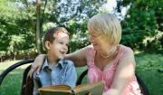 nonna con nipote thinkstock