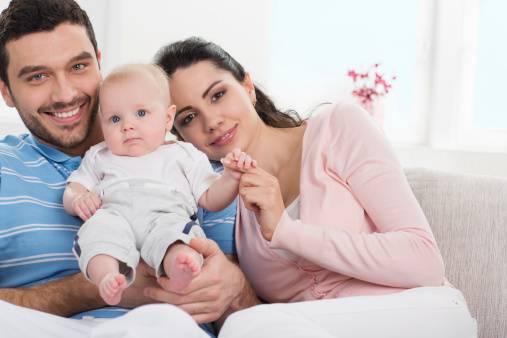 Avere bambini aiuta i genitori a stare meglio, uno studio lo dimostra