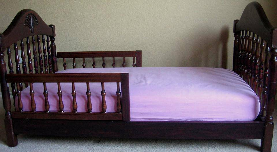 repurposed-old-crib-idea-17