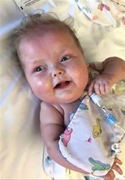 woman-donates-breast-milk-today-160809-03_c29deea41c718eca86aa1a65128d8c8a.today-inline-large