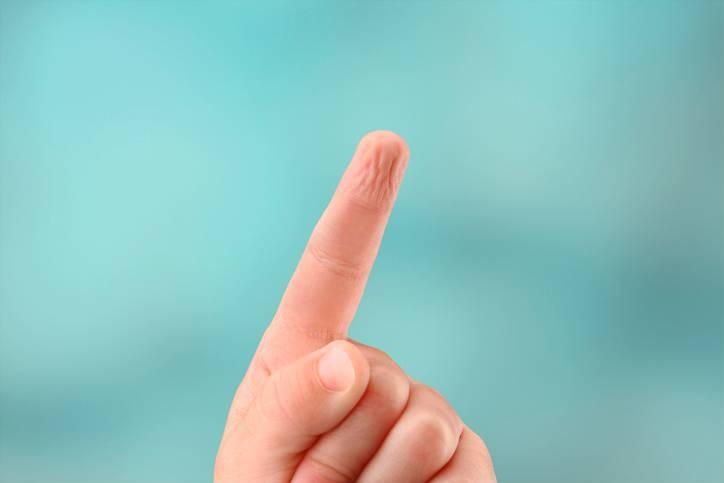 Dedo Arrugado