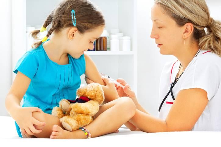 Vaccini obbligatori 2017: attivo numero di telefono per fare domande agli esperti
