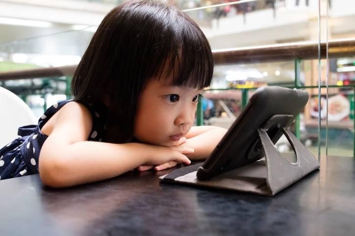 bambini e YouTube