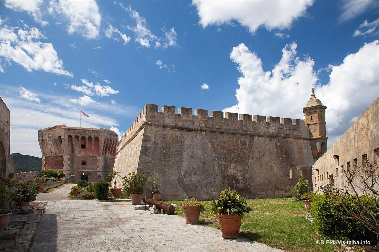torre-della-linguella-portoferraio-elba.jpg