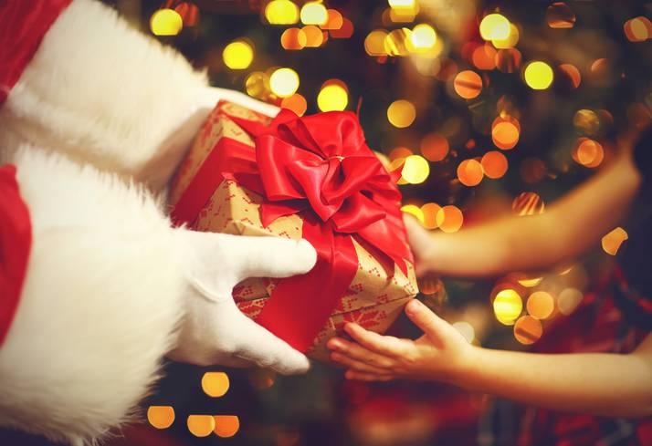 """I regali costosi non arrivano da Babbo Natale"""": l'appello di una mamma"""