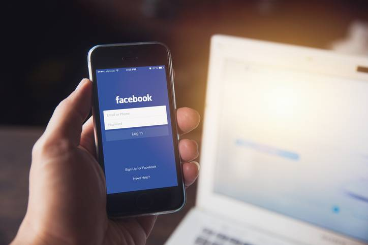 minorenni su facebook