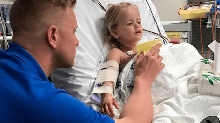 Una bimba di 3 anni vomita sangue: la mamma va nel panico (FOTO)