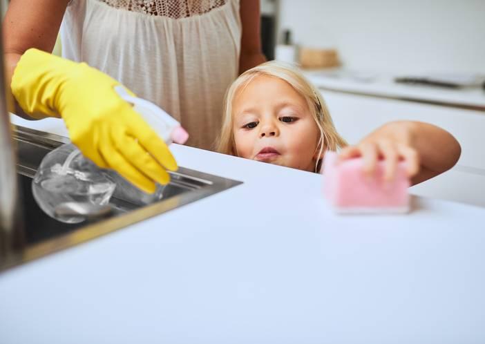 faccende domestiche bambini per età