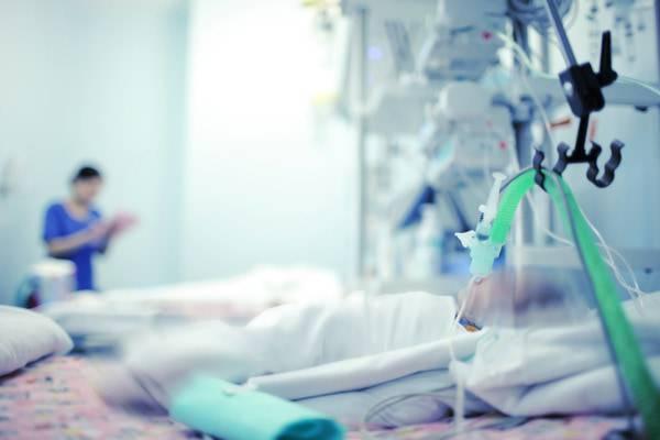 Mamma no vax chiede sostegno per il figlio malato di pertosse