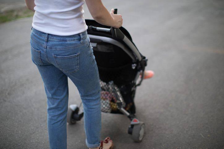 bambini passeggino inquinamento