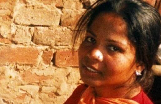 Asia Bibi, mamma condannata a morte per blasfemia, è stata assolta (FOTO)