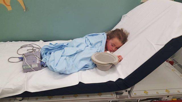 """""""Mia figlia vittima di bullismo, ha vomitato 20 volte in un'ora"""" (FOTO)"""