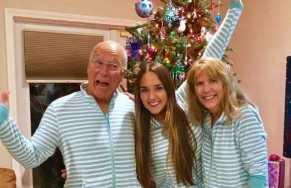 papà vola a Natale con la figlia 3