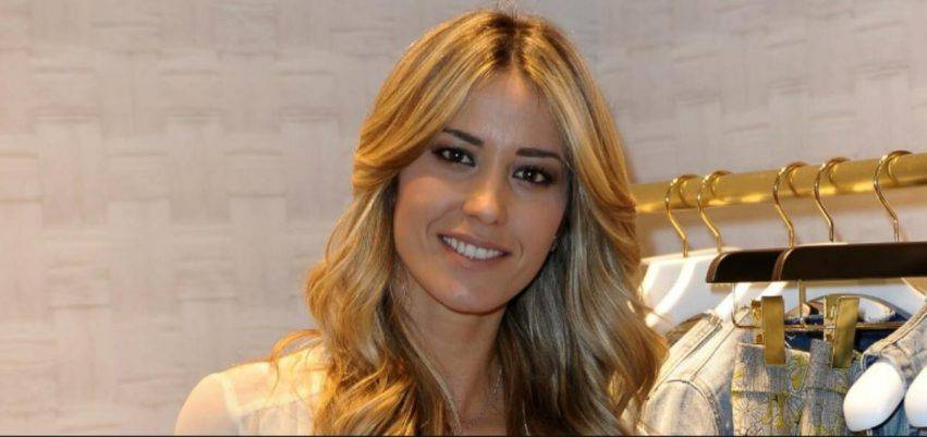 elena santarelli scrive ai fan