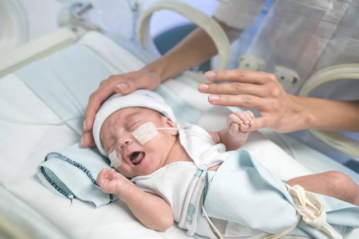 neonata morta per infezione