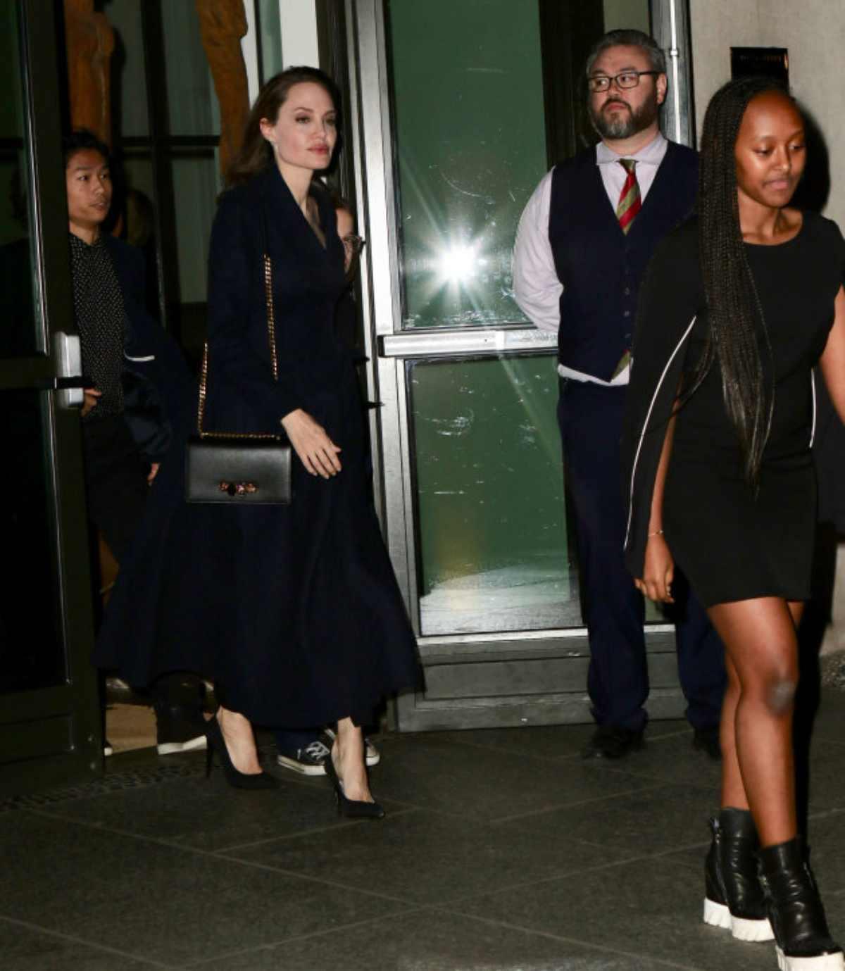 figli di Angelina Jolie insieme 3