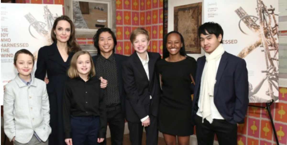 figli di Angelina Jolie insieme