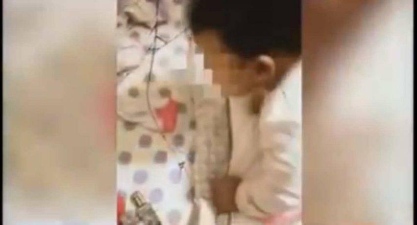 bambina maltrattata dalla mamma