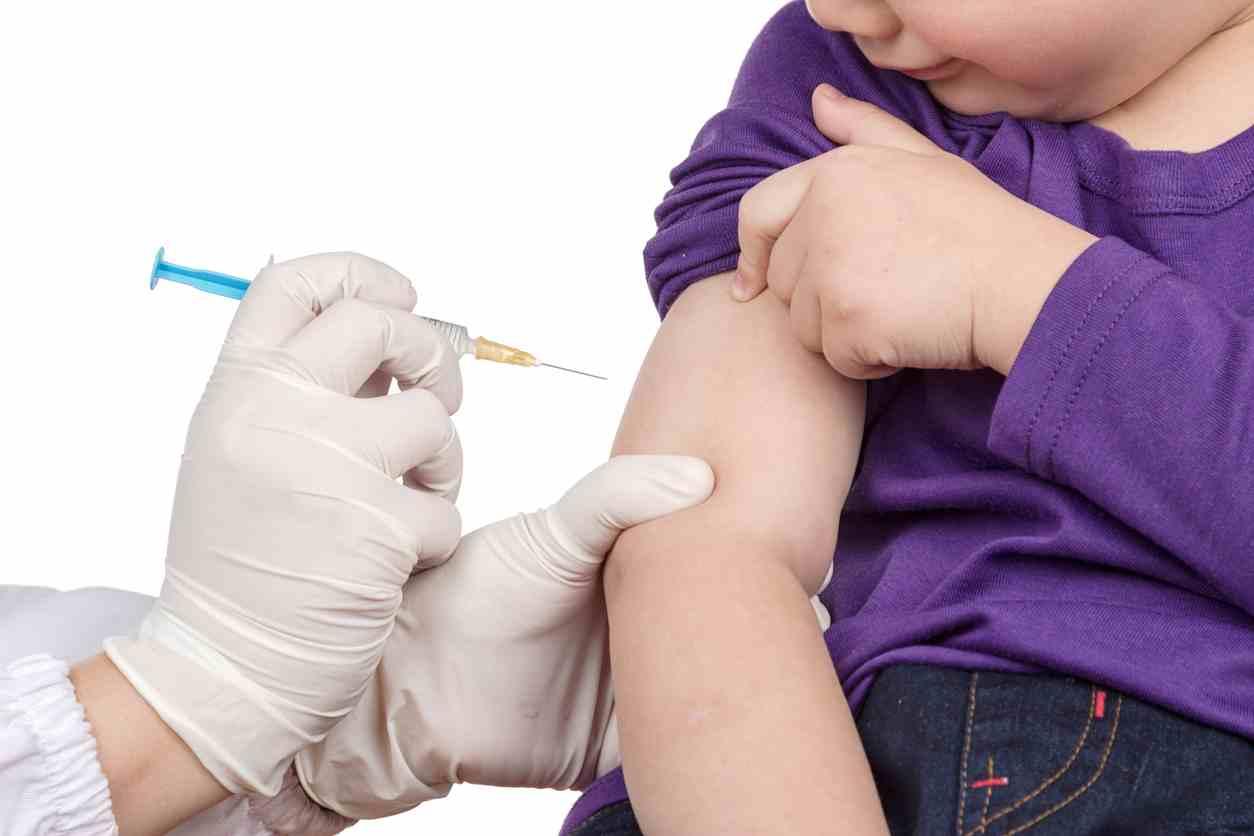 bambino danneggiato da vaccino