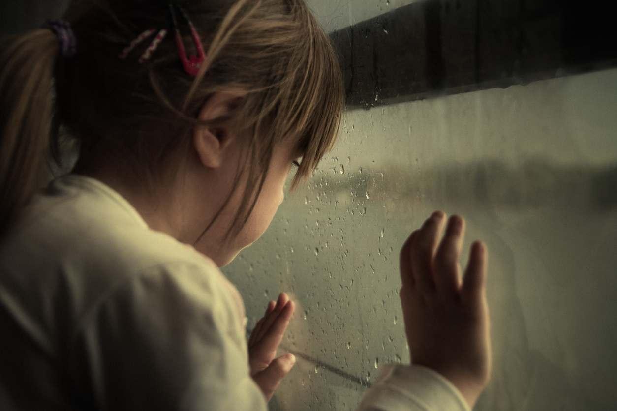 bambina di 4 anni violentata dal padre