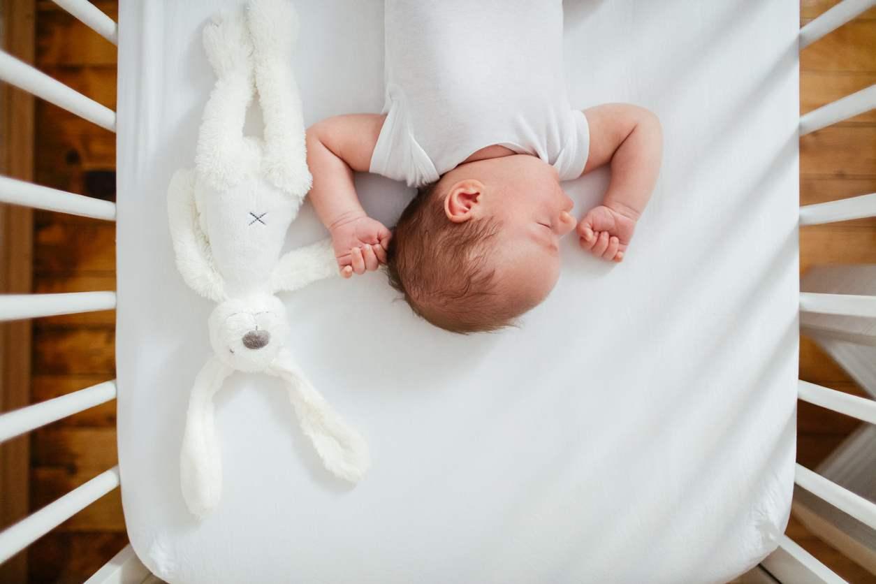bambina morta in culla