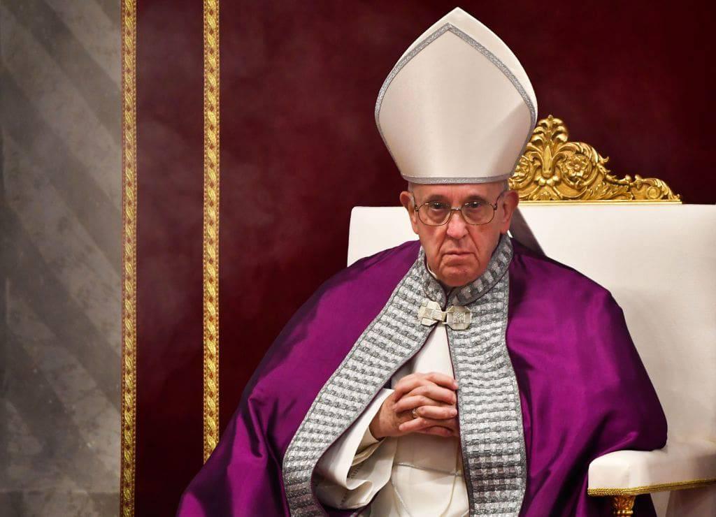 papa francesco denuncia obbligatoria pedofili
