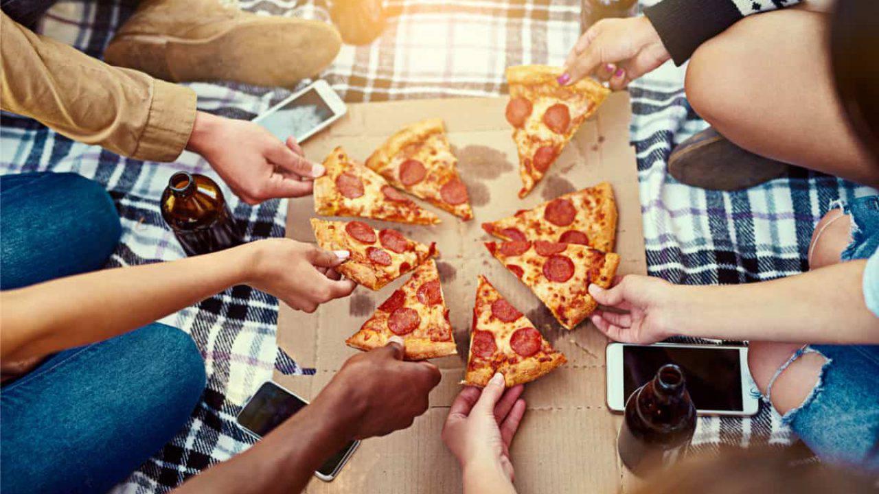 Cosa Comprare A Izmir cartone della pizza con bisfenolo a, sostanza pericolosa
