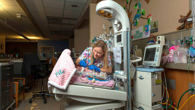 neonata prematura reparto