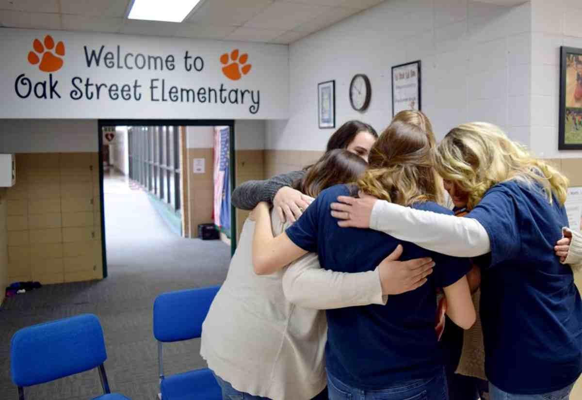 7 insegnanti incinte insieme 3