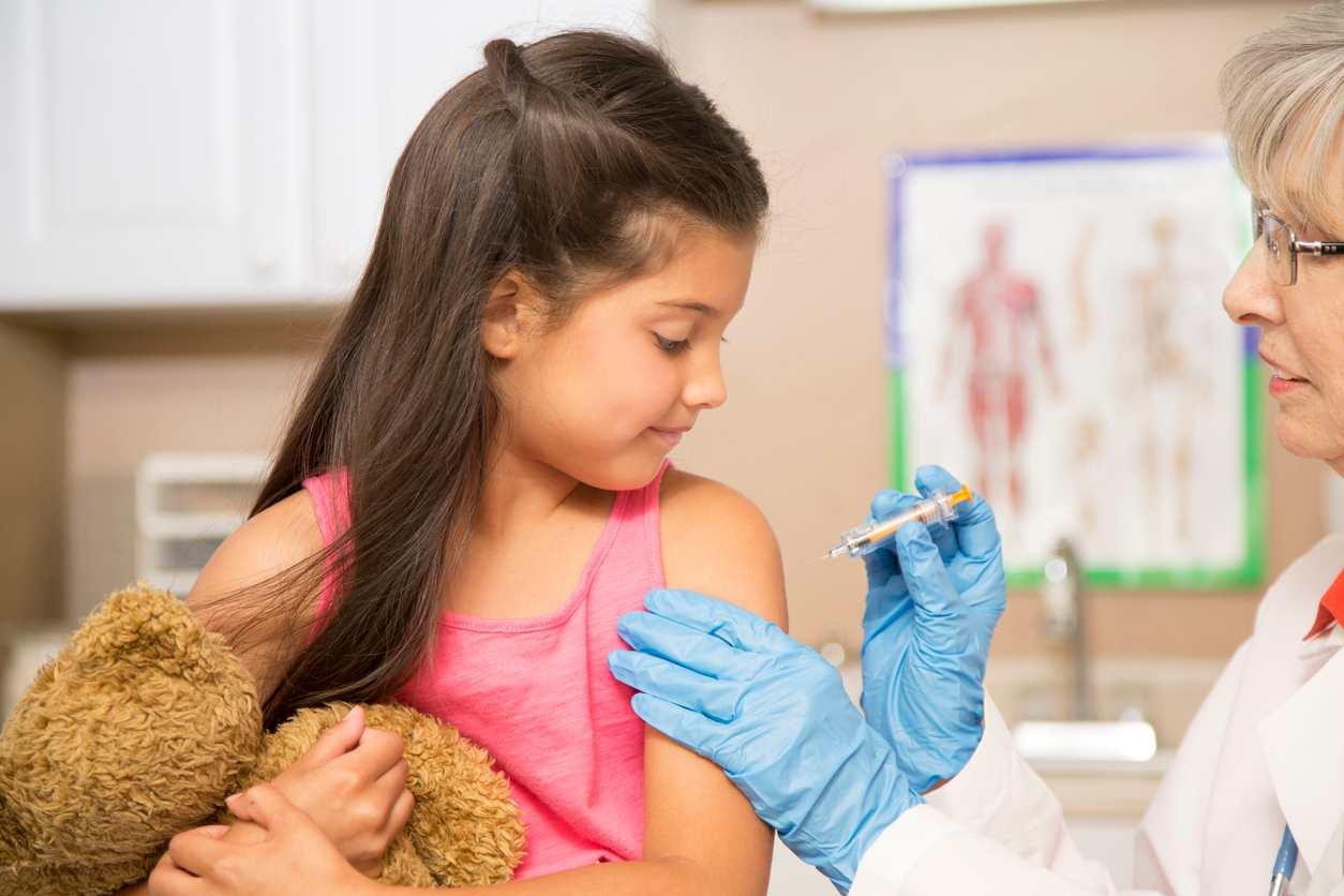 vaccinazioni: mamma e papà in tribunale