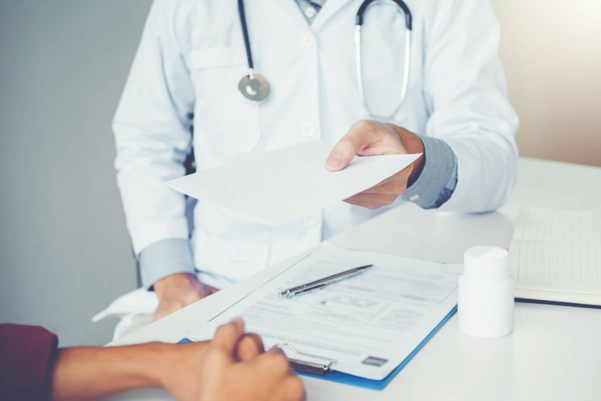 medico rimini indagato