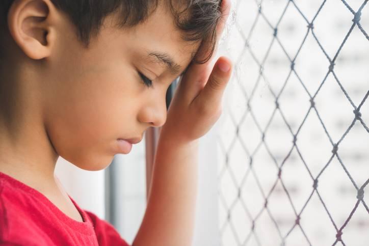 """Bambino bullizzato sul pulmino della scuola: """"I negri non si siedono qui"""""""