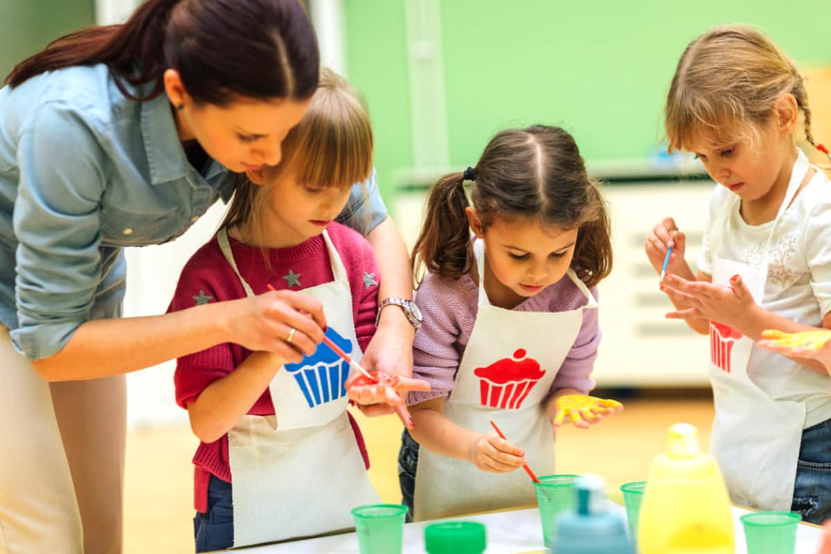 Il mestiere di maestra d'infanzia è usurante e causa disturbi psichici
