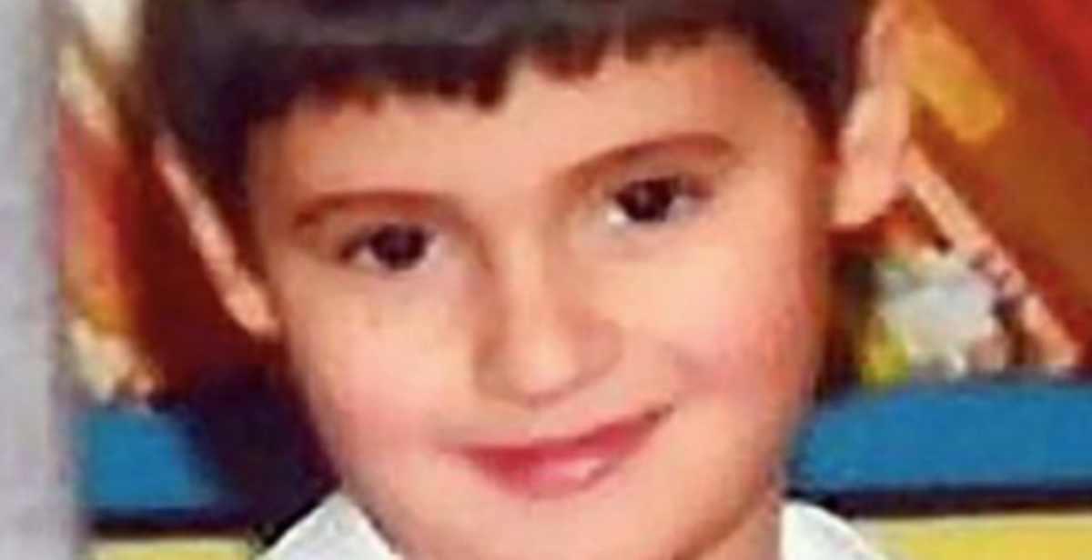 genitori condannati morte figlio otite