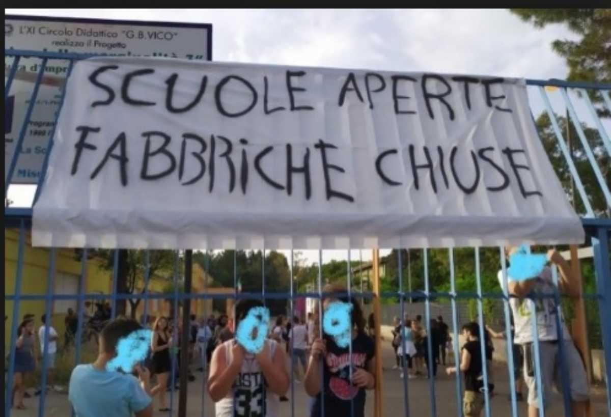 scuola occupata a Taranto
