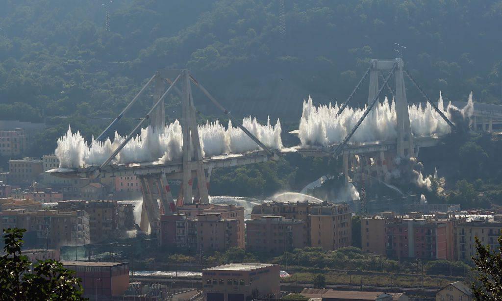 demolizione ponte morandi genova
