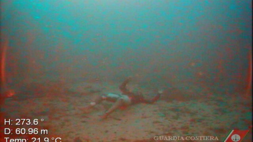 12 corpi trovati in fondo al mare 8