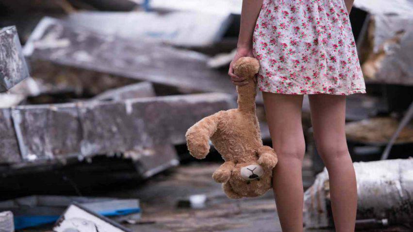 violentata dal padre ha avuto una figlia