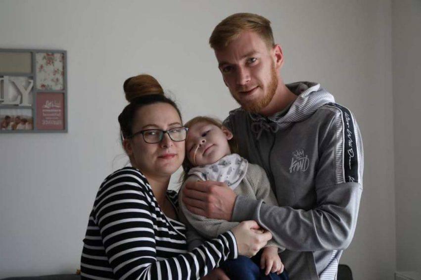 neonato senza vita si riprende
