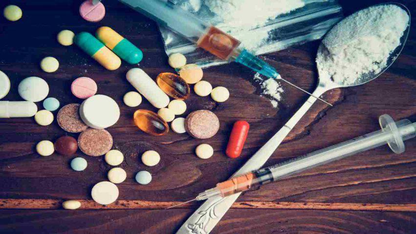 bambini assumono droga