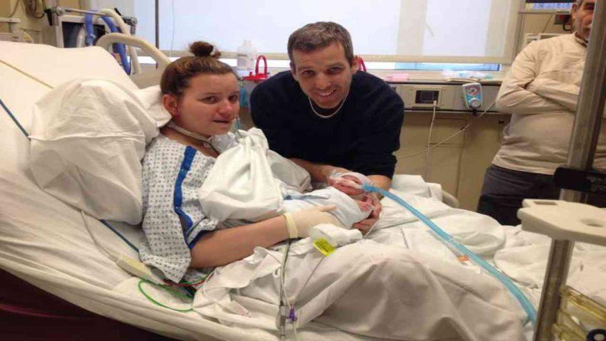 mamma partorisce in coma