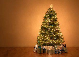 albero di Natale incendio