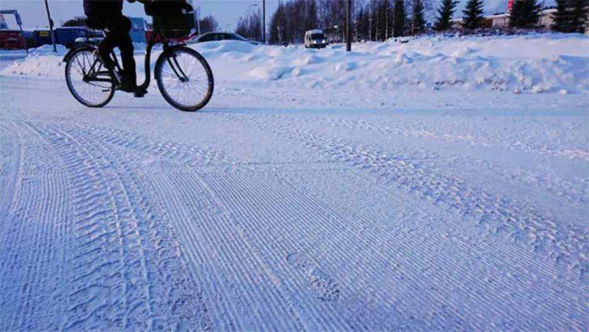 bambini in bicicletta in inverno 33