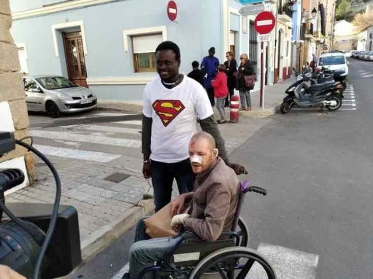immigrato salva disabile