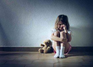 bambina violenze sessuali