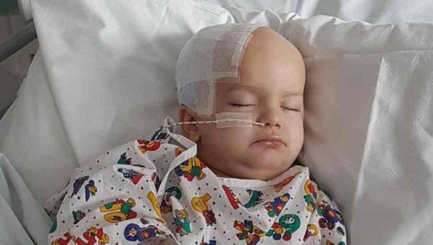 Bambino di 3 anni con tumore 1