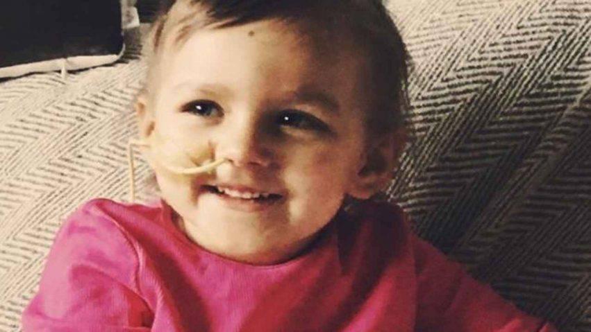 bimba di 3 anni con cancro