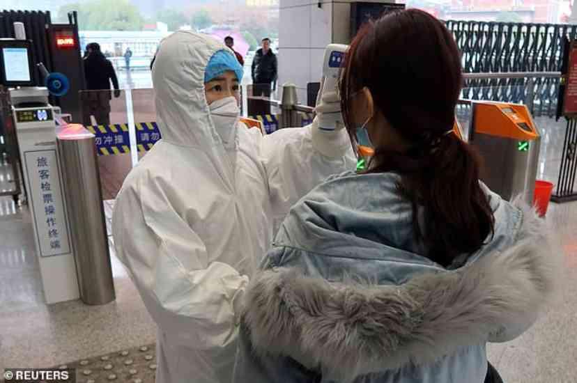 bambini abbandonati in aeroporto 11