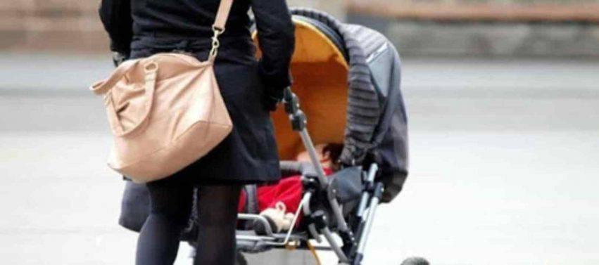 bambino di 1 anno abbandonato dalla mamma